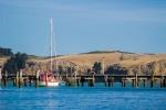 Molo s loďkou v Lytteltonu