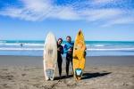 Helenka se jde učit surfovat