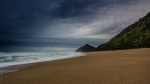 Široká pláž na Západním pobřeží Jižního ostrova
